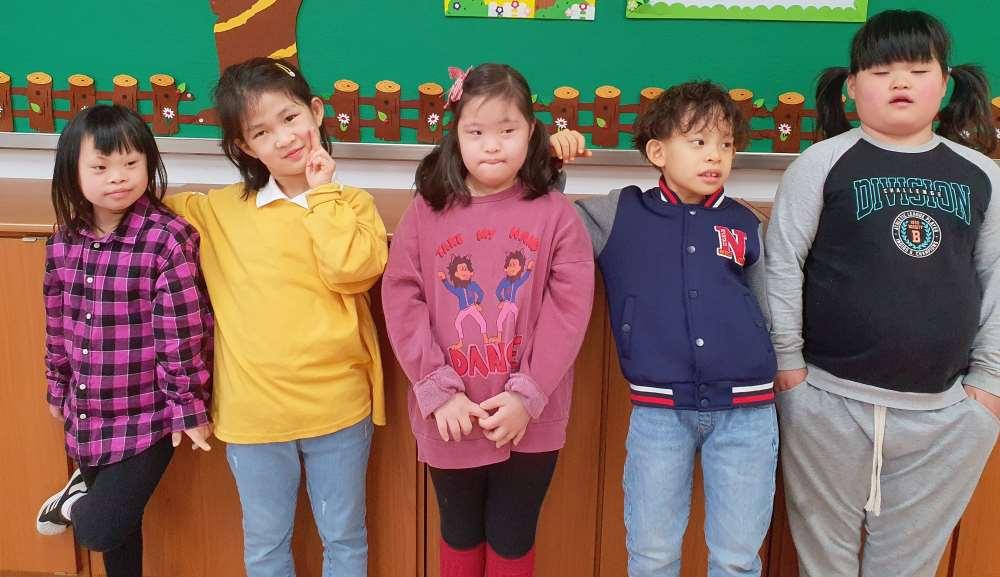 초등학교 2학년 1반 학급사진